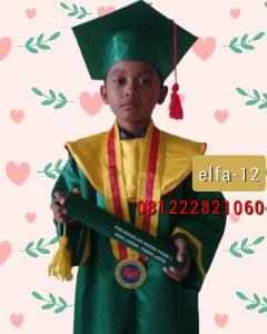 12 gambar baju toga wisuda anak di NTT